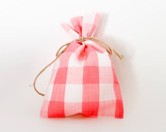 9 Pink Gingham Party Favor Bags
