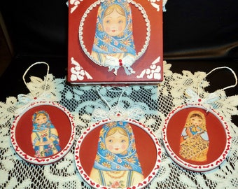 Christmas box, box decorative box storage, medallions, decorating the tree, Christmas decoration, Le Noël dice Matriochkas.