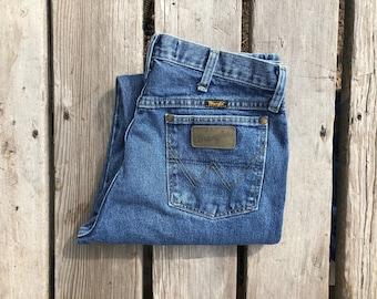 "Wrangler 32"" Medium Wash High Waist Vintage Jeans"