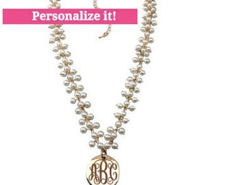 monogrammed pearl necklace with round gold pendant, personalized, gifts for her, monogram necklace, pearl necklace, monogrammed jewelry