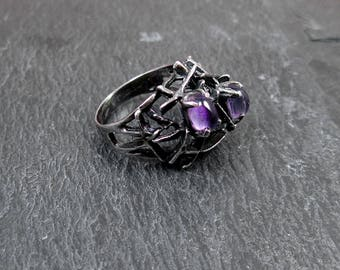 Sterling Silver Purple Glass Ring - Size 5.75 - Vintage and Tarnished