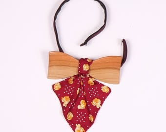 Women's wooden fly made of cherry with silk bow