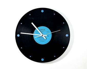 Wall Clock: 1.0 quartz is not ticking! Wall clock quartz clock does not tick!