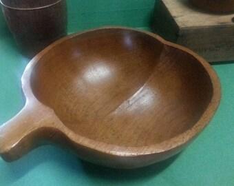 Retro Teak Bowl / Vintage Hand-carved Teak Bowl / Apple-shaped Wooden Bowl