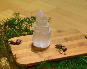 Selenite Tower-Selenite-white-healing stone-healing-energy-gift-Gifts-love-Lucky Charms-Chakra-Root Chakra