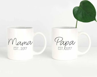 Personalized Mama and Papa Mug Set, New Parents Gift, New Mom Gift, Mama Est 2018 Papa Est 2018 Mug, Pregnancy Announcement, New Dad Gift