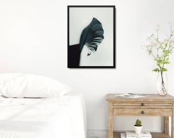 Modern Green Poster, Modern Leaf Art Print, Minimalist Decoration, Minimalist Bedroom Wall Decor, Leaf Poster Gift, Scandinavian Photo Print