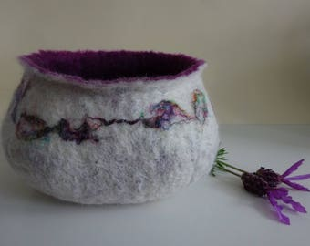 Felted bowl with sari silk and purple - Esme