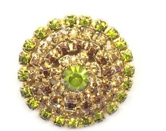 Brooch vintage 1930's with green olives, caramel and sugar burnt colours.
