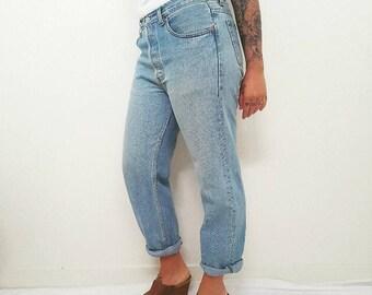 Vintage 70's Levi Jeans // Boyfriend Relaxed Mid Waist Denim Pants // Womens Size 12