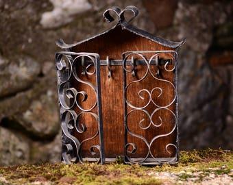 Vintage Cast Iron Wall Keys Box,Cast Iron Keys Box,Vintage Keys Holder Box,Rustic Key Cupboard,Wall Box,Old Keys Storage Box,Wall Decorotion