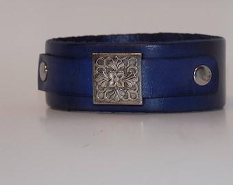 Leather Bracelet, Leather Bracelet with Silver, Women's Leather Bracelet, Women's Leather Cuff, Leather Jewelry, Leather Cuff, Men's Leather