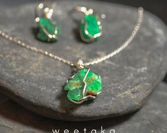 Raw Emerald Necklace, May Birthstone Pendant, Silver Necklace, Emerald Jewellery, Green Gem, Colombian Precious Stone, Ethnic Jewellery