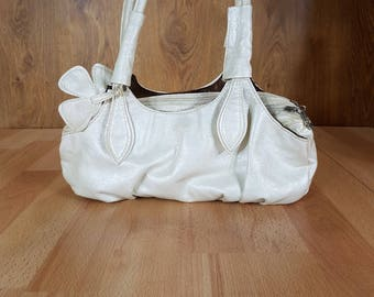 Elegant Off White Eel-skin Leather Shoulder Bag