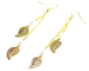 Earrings golden leaves