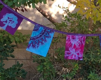 Prayer flags Batik Party decoration Yoga Meditation Gypsy flags Blessings Bunting Art Banner Spiritual Boho décor Garden decoration