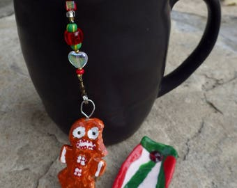 Gingerbread Man Tea Infuser with Red and Green Stocking Dish