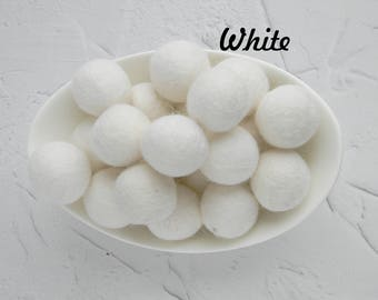 25 mm White Felt Balls  2.5 cm Wool Felt Balls Wool Pom Poms Felted Balls Craft Supply Balls Felt Balls DIY Garland  DIY Mobile DIY Necklace