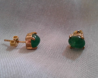 Vibrant Jade and Gold