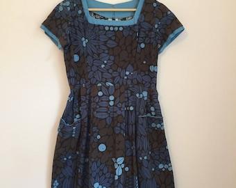 Vintage Retro Print Floral Dress 1950s 50s Dress Retro Print Dress Size 8 Size 10 Summer Dress