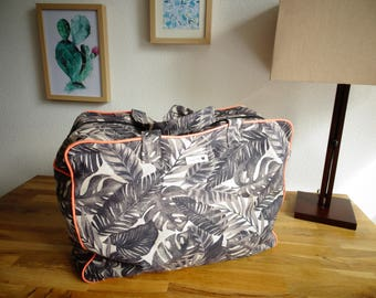Cotton tropical foliage weekend bag