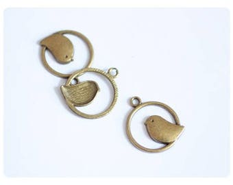 6 charms bird perched - bronze color