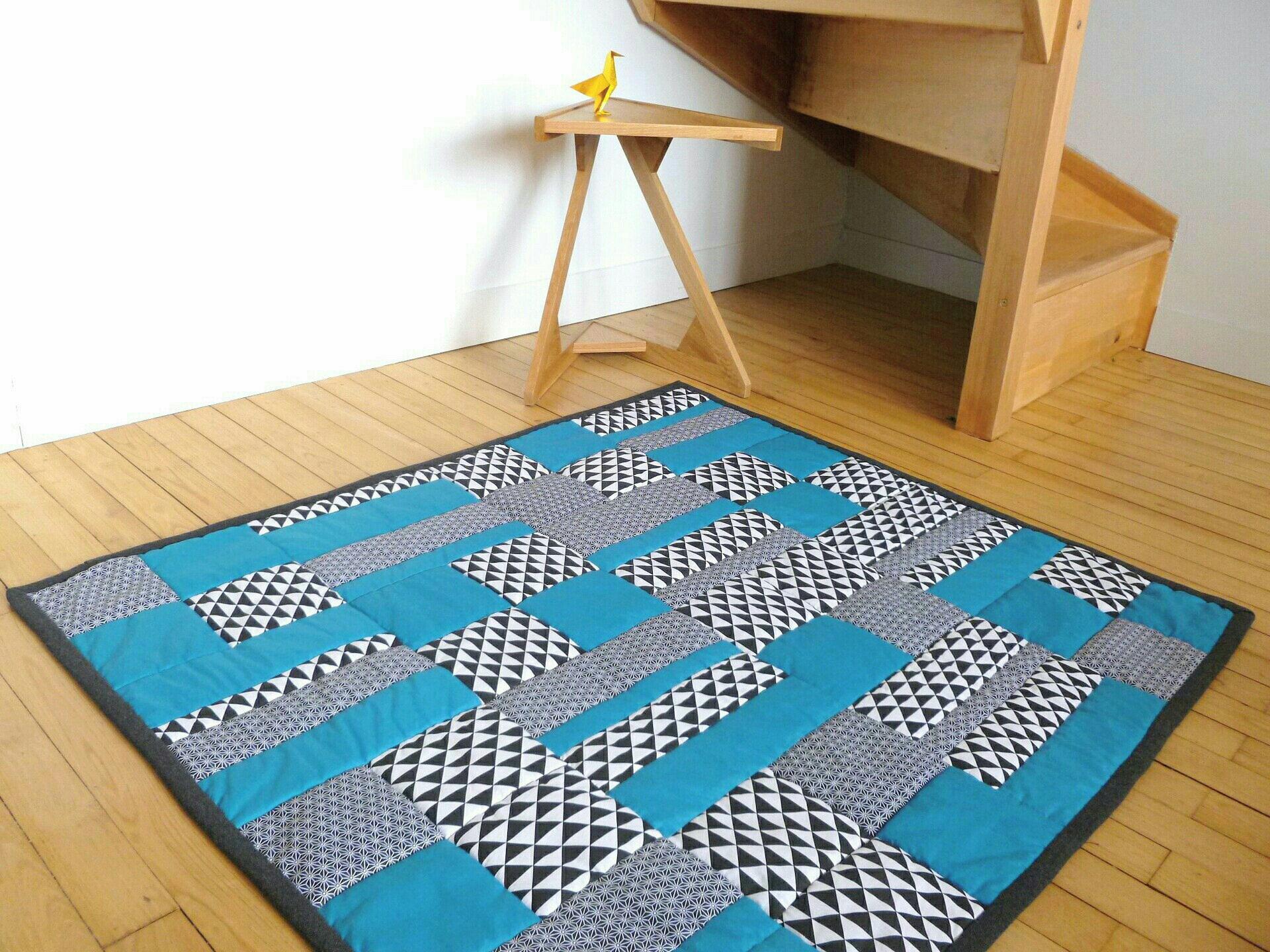 grand tapis de jeu ou d 39 veil pour b b patchwork. Black Bedroom Furniture Sets. Home Design Ideas