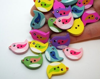 Wooden bird 2 hole buttons 22 mm x 15mm