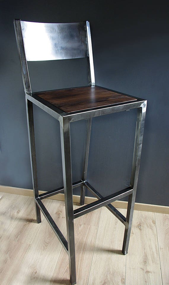 tabourets de bar design industriel fer et bois. Black Bedroom Furniture Sets. Home Design Ideas