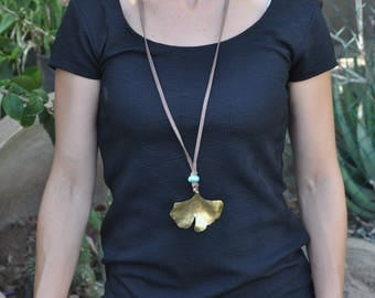 Organic jewelry, suede cord necklace, ginkgo leaf necklace, adjustable necklace, brass pendant, women gift, nature necklace, leaf gold color