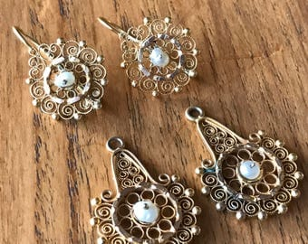 Mexican Gold Filigree Earrings