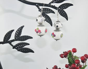 EARRING beads Indian polymer clay white and silver metal