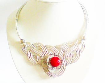 Chic red and black bib necklace,