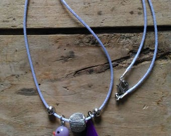 Duck necklace mad with Pearl and purple feather