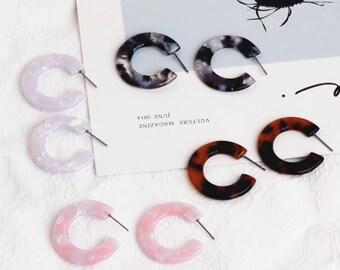 2 pcs C Shape Earring Hoops Acetate Acrylic Earring Post Pearl Mosaic Earrings Simple Minimalist Earrings DIY Unique Jewelry