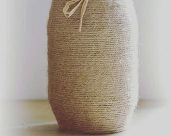 Vase glass hemp twine, raffia