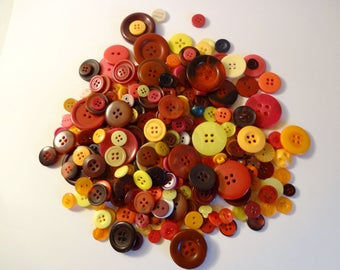 Wholesale lot buttons x 200 red orange yellow - sewing - Scrapbooking