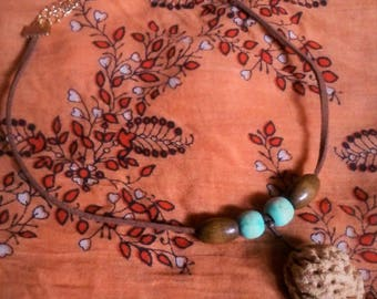 Peach Pit Suede Leather Choker