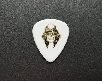 Needle Minder or Magnet: Guns N' Roses Axl Guitar Pick