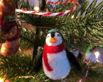 Needlefelt Penguin Christmas Decoration Ornament Holiday Penguin - Needlefelt Christmas Penguin
