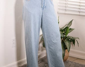 Light Wash Wide Leg Jeans