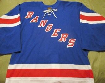 FREE SHIPPING FoR SENIORS! New York Rangers NHl  KoHO SiZE 2xL JeRSEY