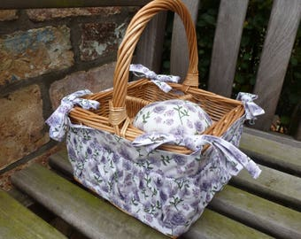 Sewing Basket, Makeup Basket, Gift Basket, Gift Idea, Organiser, Unusual, Natural Wicker, Basket, Floral print
