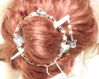 The Frog Prince Hair Pin