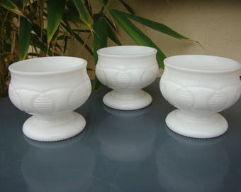 Set of 3 bowls walk in Opal - white Glass Art deco - old Oddments - Retro vintage soup bowls french dish - Made in france