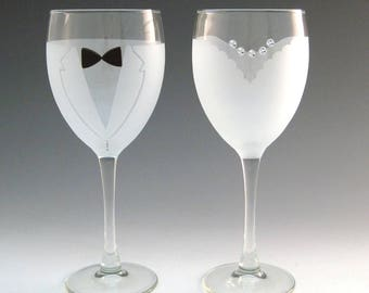 Bride and Groom Wine Glasses - Make your wedding day even more elegant and special with these handmade glasses!