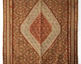 Antique Persian Senneh Kilim, Very Fine Weave, Beautiful Design, Circa 1900.