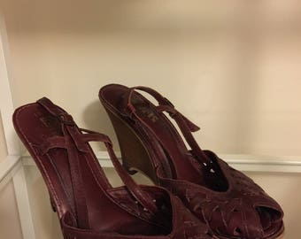 Size 10 Vintage LATINAS leather wedge sandals