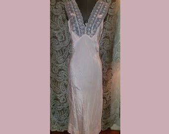 Vintage 1940's Light Pink Floor Length Nightgown, Bias Cut Dressing Gown, Small Medium, Flapper Girl