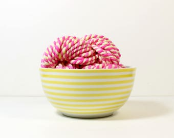 2ply glow stick ... yarn, wool yarn, handspun yarn, hand spun yarn, rainbow yarn, 2ply candy cane yarn, bulky wool yarn,